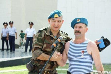 Десантники Актау отметили день ВДВ