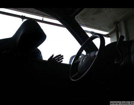 За одну ночь подростки угнали два автомобиля в Актау и Жанаозене. Причем одну иномарку удалось похитить с охраняемой автостоянки