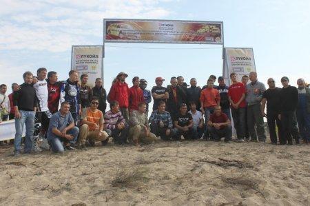 В ралли-кроссе, посвященном 50-летию Мангистауской нефти, приняло участие 24 экипажа (ВИДЕО)