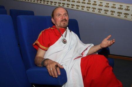Понтий Пилат в исполнении Николая Макарова