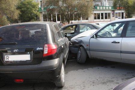 Жительница Актау спровоцировала на дороге «цепную» аварию