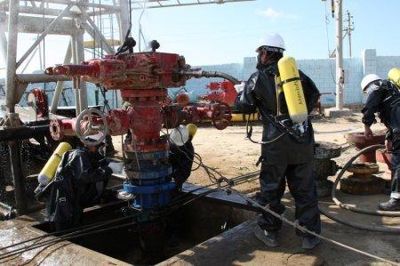 Ликвидаторы нефтяных и газовых фонтанов провели учения в Актау