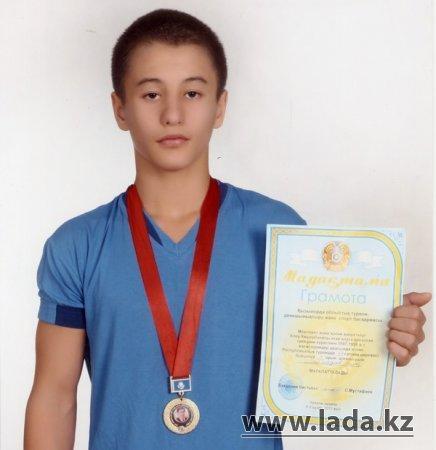 Актауский борец завоевал золотую медаль на республиканском турнире в Кызылорде