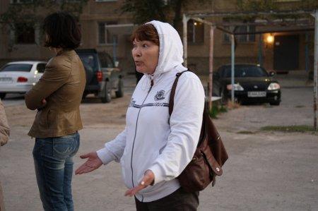 Жители нескольких домов седьмого микрорайона Актау продолжают борьбу за детскую площадку (ДОПОЛНЕНО)