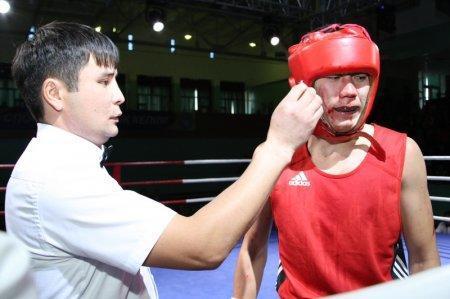 Мангистауские боксеры, разгромив команду Атырау, вышли в полуфинал Кубка Казахстанской федерации бокса