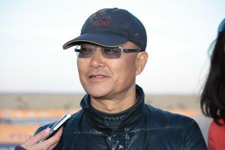 Чжоу по национальности монгол представлял интересы Украины