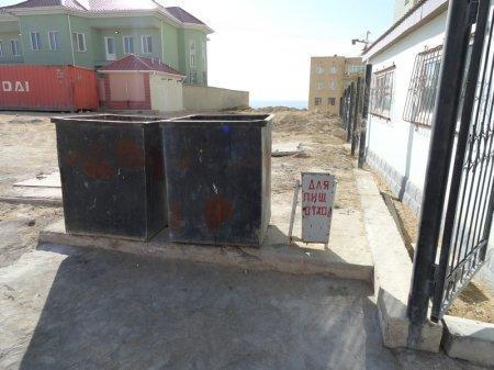 Жильцы одного из домов Актау практикуются в раздельном сборе мусора
