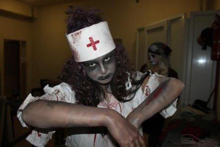 "Медсестра может довести до инфаркта. ""Махито"""