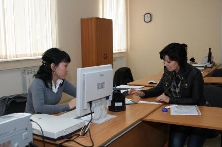 """Жители Актау будут оценивать качество услуг в ЦОН при помощи """"смайликов"""""""