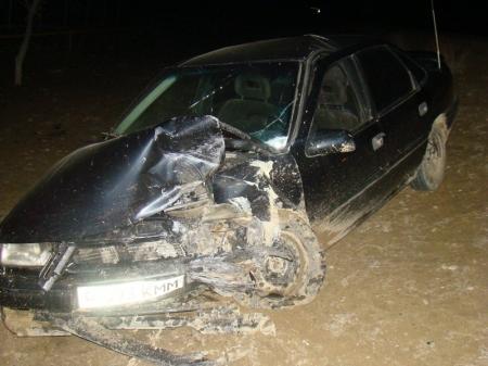 На автотрассе в Мангистау в результате ДТП погибли три человека, еще три получили тяжелые увечья