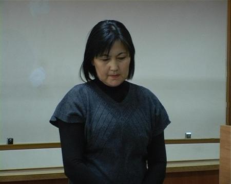 Владелица батута Сандугаш Жанапбергенова в зале суда