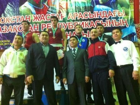 Мангистауские спортсмены выступили на чемпионате РК по боксу среди молодежи