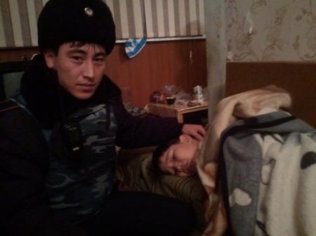В Актау солдаты войсковой части №6656 спасли ребенка (ДОПОЛНЕНО)