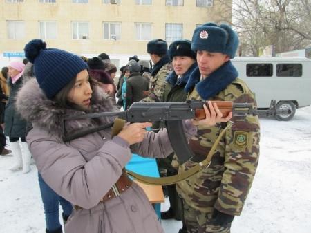 В Актау отметили День государственной границы