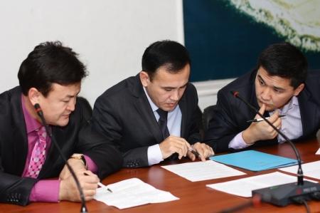 С подачи дисциплинарного совета под «раздачу»  попало  шестеро госслужащих Мангистауской области