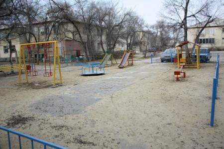 В Актау за счет бюджетных средств установили пять новых детских площадок