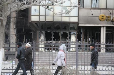 Более 20 миллионов тенге украдено из банкоматов Жанаозени