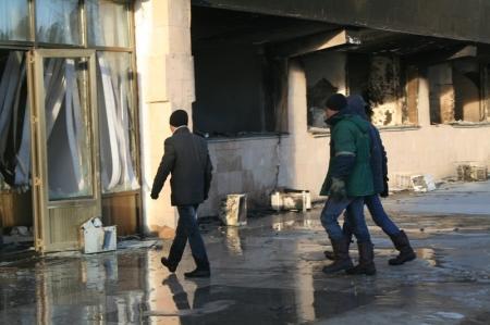О событиях 16 декабря аксакалы Мангистауской области говорили со студентами Каспийского университета имени Ш.Есенова