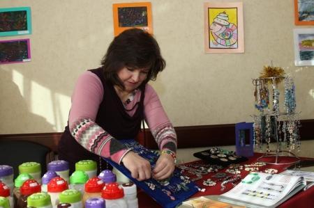 «Ковчег» провел в Актау новогоднюю ярмарку мастериц и детскую выставку