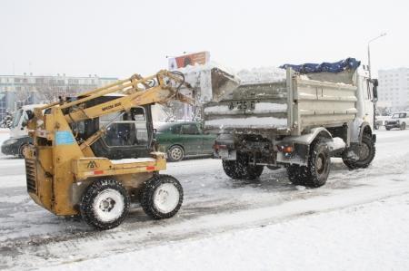 На расчистку дорог от снега в Актау выходило семь спецавтомашин - руководитель ГКП «Кала жолдары»