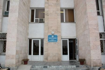 Житель Актау, осужденный недавно к трем годам тюрьмы за кражу, получил новый срок за разбой