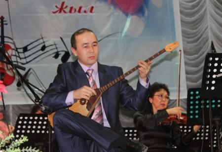 В Актау прошел юбилейный концерт симфонического оркестра