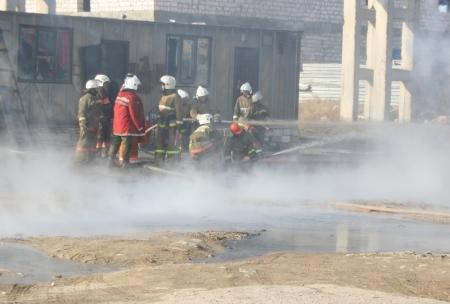 В Жанаозене в результате пожара осталась без крова семья переселенцев