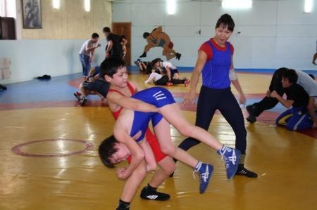 Открытое первенство по вольной борьбе прошло в Актау