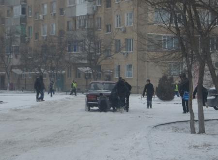 Детские зимние забавы в Актау