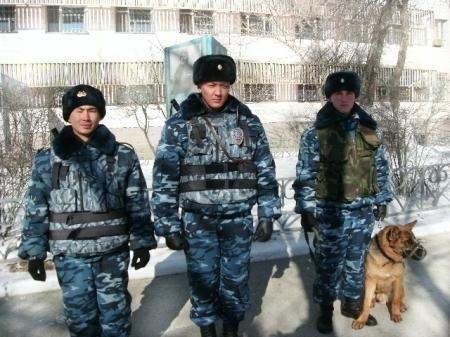 Солдаты войсковой части 6656 спасали студентов из горящего общежития