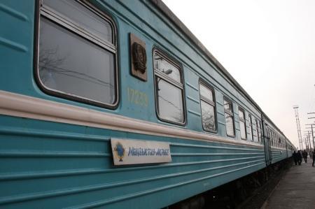 Поезд «Актобе — Мангистау» столкнулся с трактором