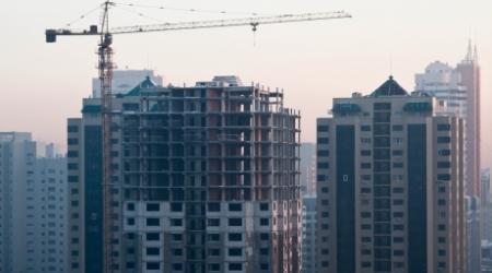 Депутаты просят правительство Казахстана решить проблемы дольщиков
