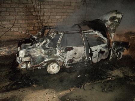 В Актау задержаны подозреваемые в поджогах автомашин