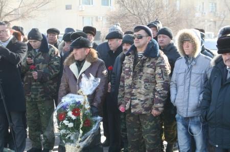 Войны-афганцы Актау почтили память погибших товарищей
