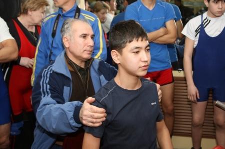 В Актау прошел областной турнир по жиму лежа
