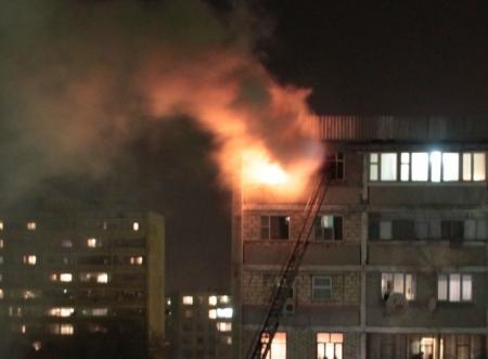 Крупный пожар произошел Актау утром седьмого марта