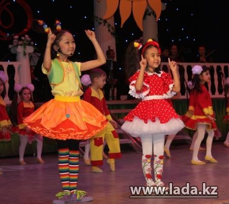 В Актау прошел праздничный концерт, посвященный 8 марта