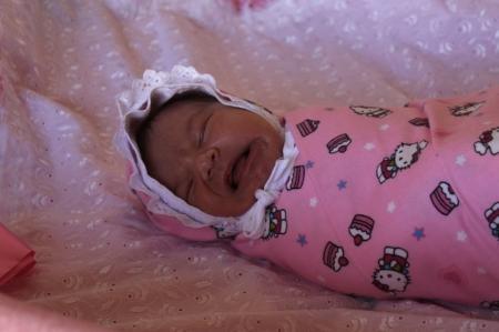 В Актау 8 марта на свет появилось 16 младенцев
