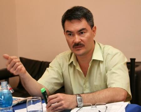 Серик Оспанов: В Актау футбольные матчи проходят на поле, не соответствующем ни мировым, ни казахстанским стандартам