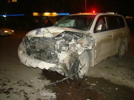 В Актау водитель джипа совершил дорожную аварию. Есть пострадавшие
