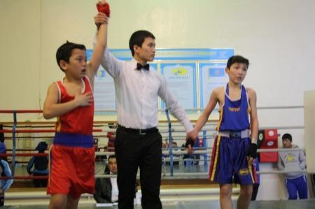 В Актау прошло открытое первенство по боксу среди юношей 1996-1997 годов рождения