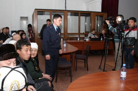 Журналистам запретили снимать заседание суда по делу о Жанаозени