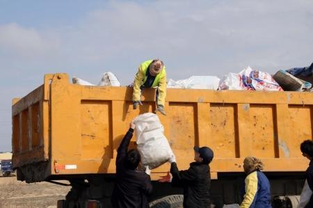 В Актау начался месячник по санитарной очистке и благоустройству