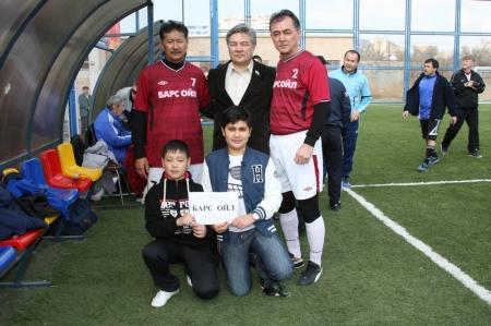 В Актау стартовал областной турнир по мини-футболу среди ветеранов