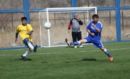 В Актау прошли два тура областного турнира по мини-футболу среди ветеранов