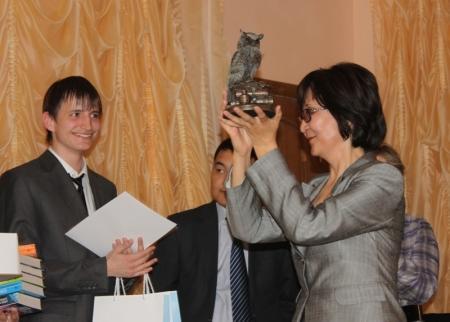 В Актау прошел турнир по «Что? Где? Когда?» - кубок «Мудрая сова» среди школьных команд