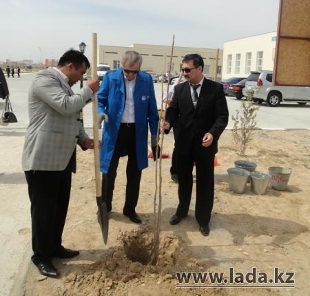 В Актау заложена аллея в честь ветеранов КНБ