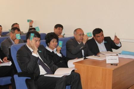Депутаты Актауского маслихата утвердили новые тарифы на проезд в общественном транспорте
