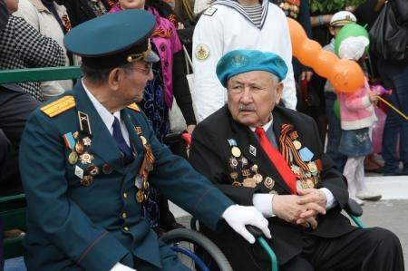 Сто тысяч тенге ко Дню Победы получат в Актау ветераны Великой Отечественной войны