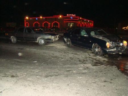 В Актау произошла очередная дорожная авария на перекрестке. Есть пострадавшие